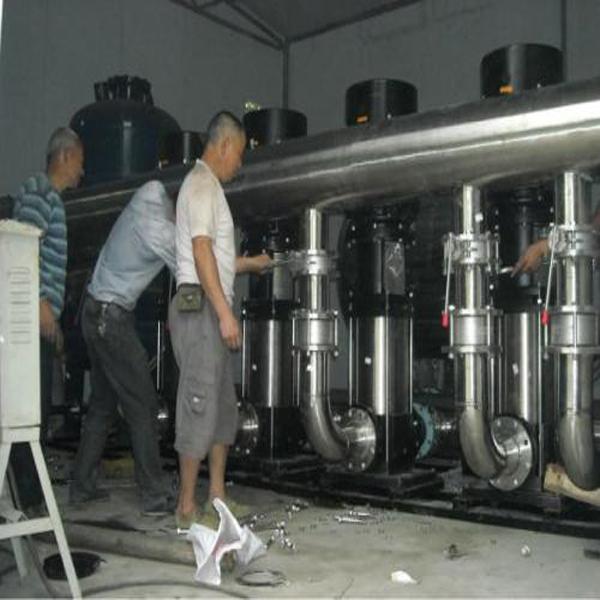 恒压供水设备现场安装实例