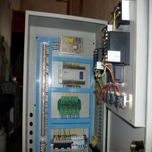 阿克苏液压机电气控制箱